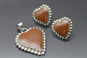 This set of sterling silver and jasper hearts is an excellent example.